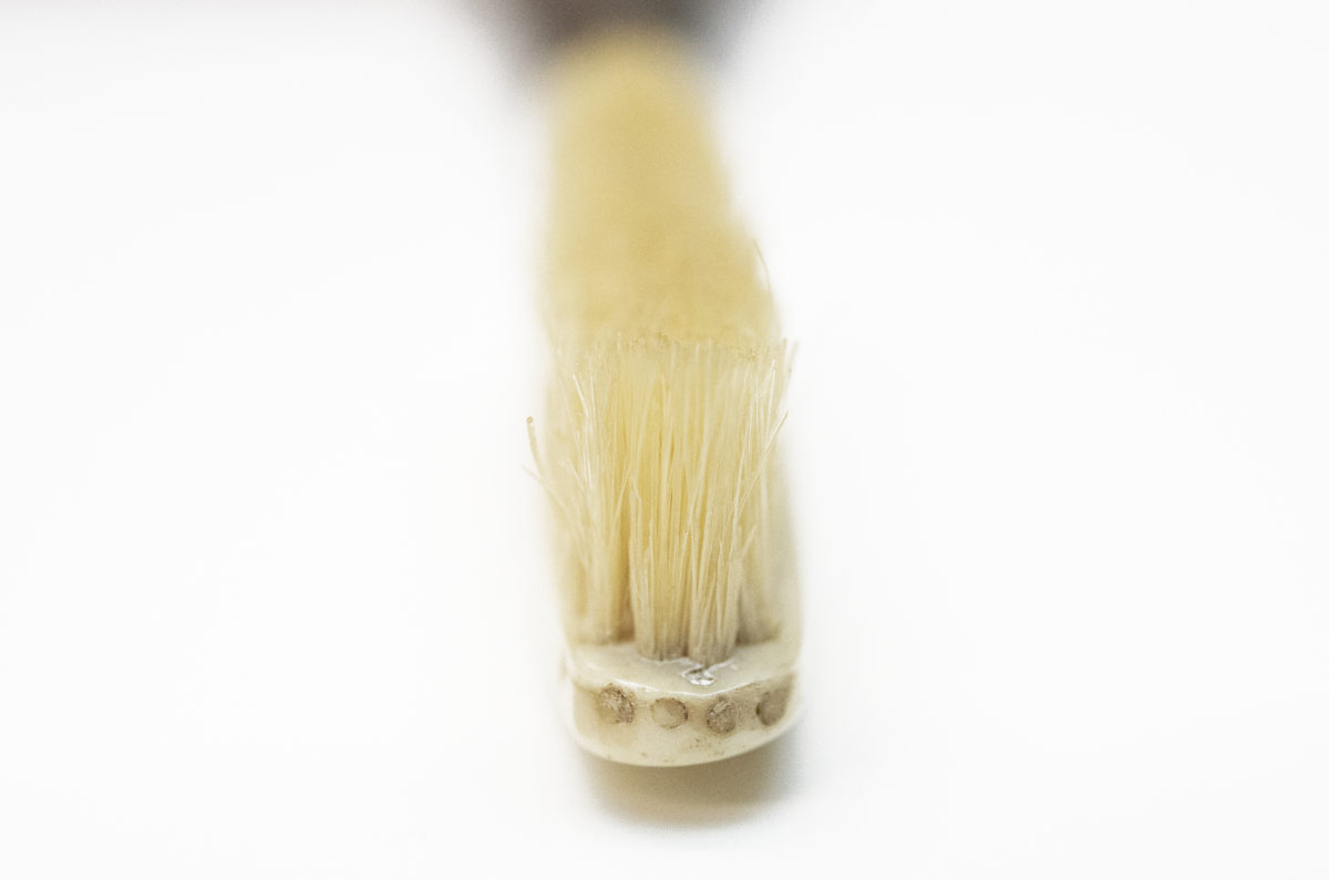 Victorian-era French toothbrush bristle tufts
